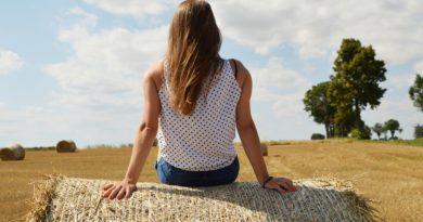"""""""Donne in campo"""", arriva il bonus: l'incentivo per le imprenditrici agricole. Come funziona e come richiederlo"""